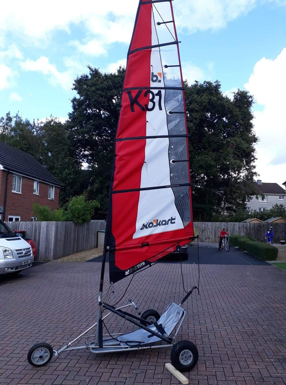 Sport kart with mast and 5.5 sail